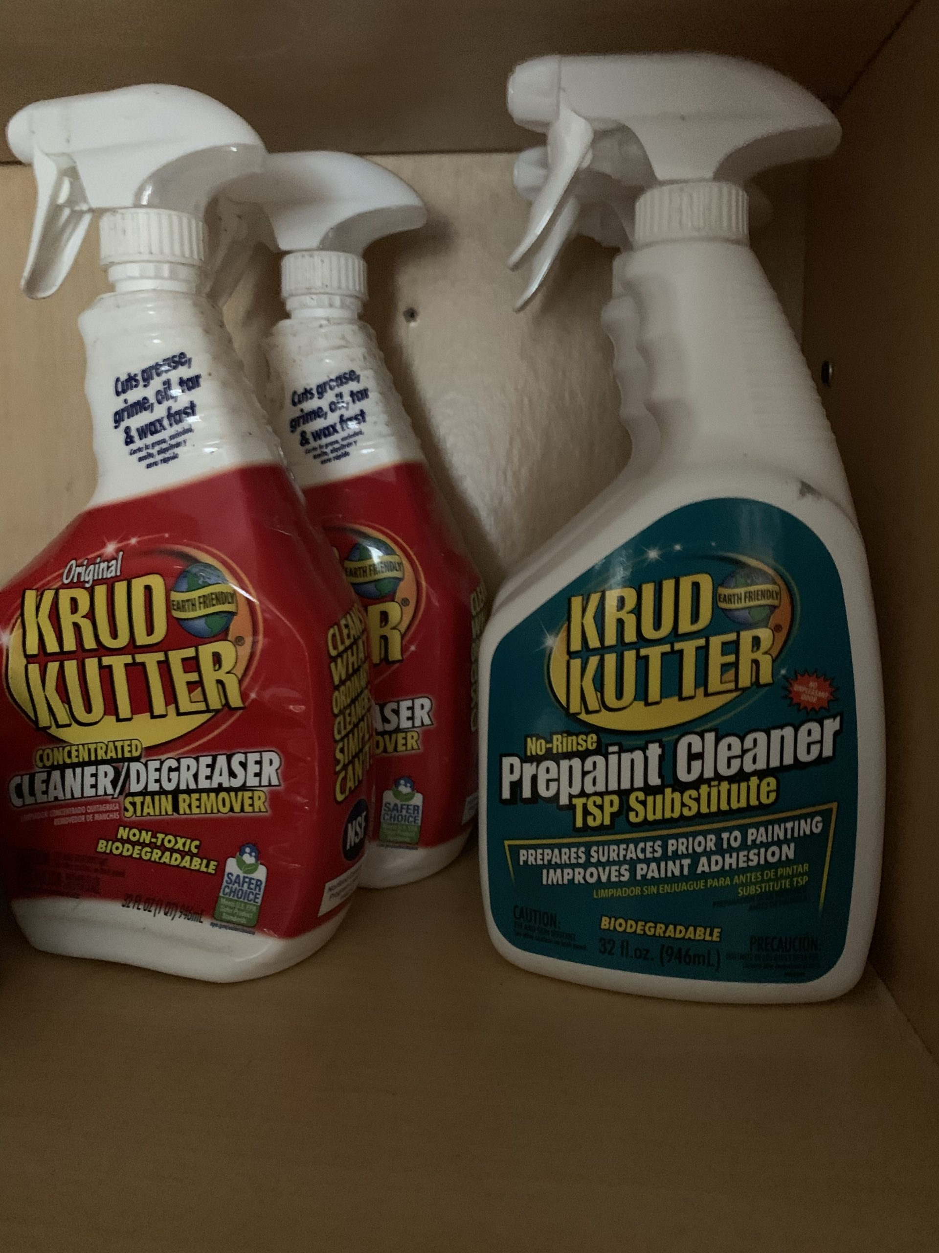 Krud Kutter degreaser - How to clean kitchen cabinets before painting them